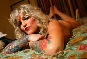FLASHBACK | Jesse James' porn star ex Janine Lindemulder out of the Austin, Texas jail | Celebrities | Entertainment | Toronto Sun