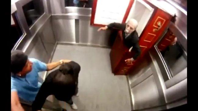 Scariest Prank Ever - Coffin in elevator ! [Silvio Santos TV Program Brazil 2012] - YouTube