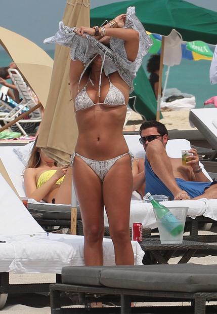 Tamara Ecclestone Flaunts Her British Billionaire Bikini Bod | RumorFix